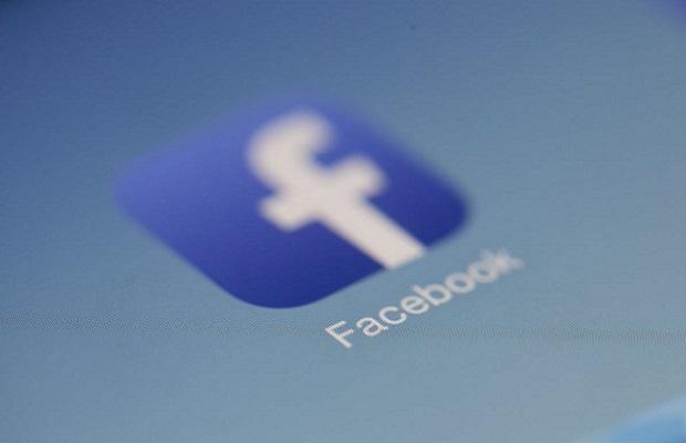 facebook%20blur.jpg