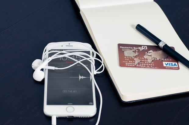 mobile%20commercea.jpg