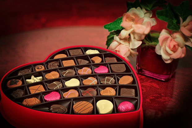 Valentine's Day shopping trends: Britons go retro