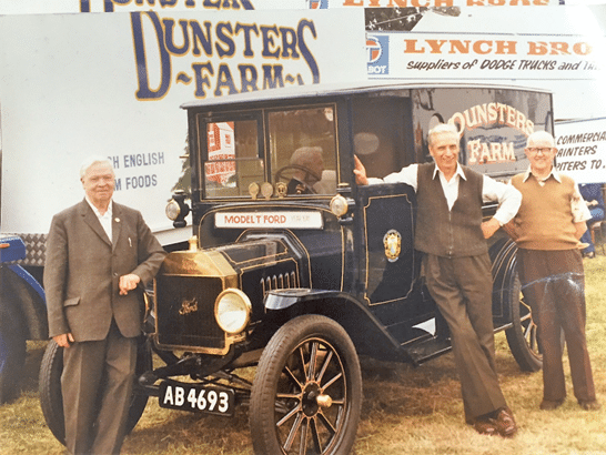 B2B food services firm Dunster's Farm switches to consumer delivery business in just 2 weeks