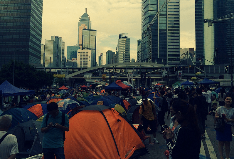 Facebook, Google and Twitter suspend Hong Kong police help amid protests