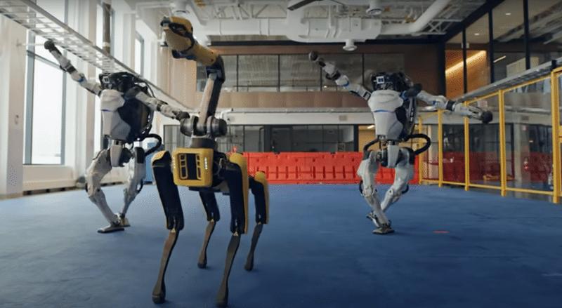 Boston Dynamics robots dance in the new year